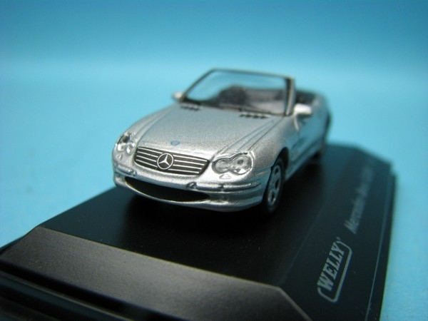 Mercedes-Benz SL500 silver 1:87 Welly